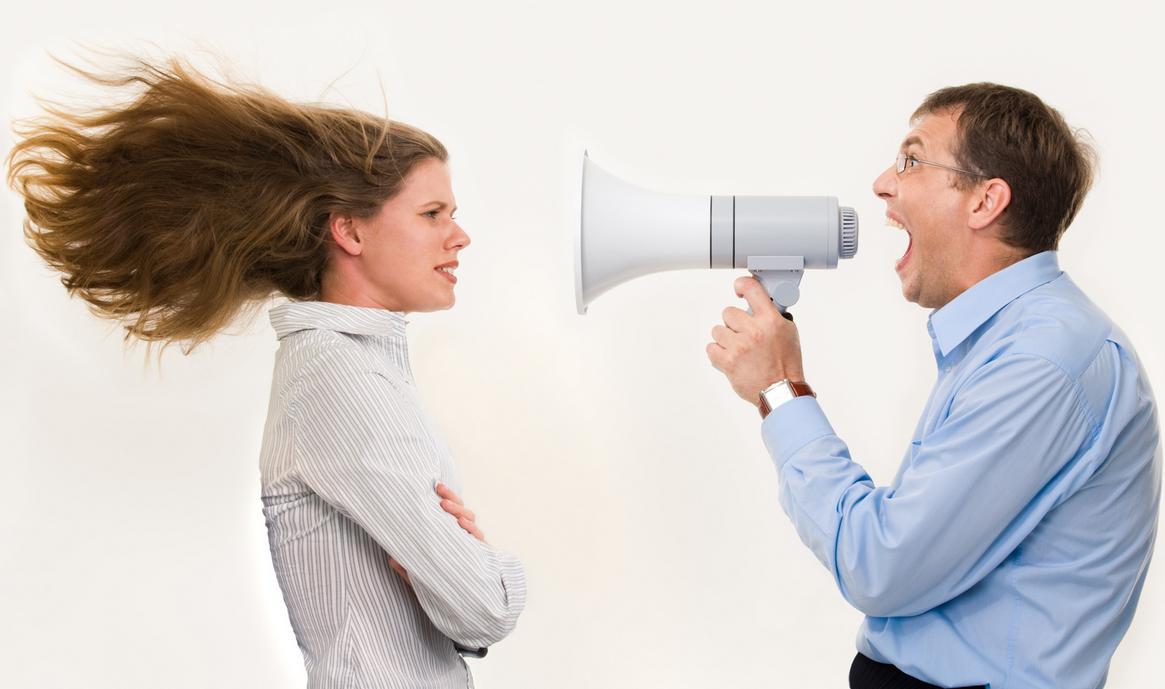 Kak-pravilno-reagirovat-na-gnev-i-nedovolstvo-drugogo-cheloveka